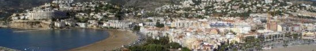 11208733-vistas-de-la-ciudad--peniscola-castellon--costa-azahar-espana-baix-maestrat