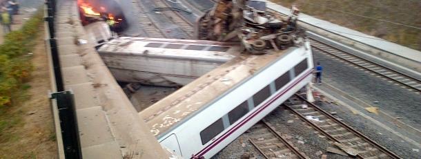 tren-galicia-descarrilamiento-santiago-de