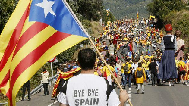 via-catalana-cadena-humana-diada-catalunya-11-septiembre-2013_TINIMA20130911_1007_18