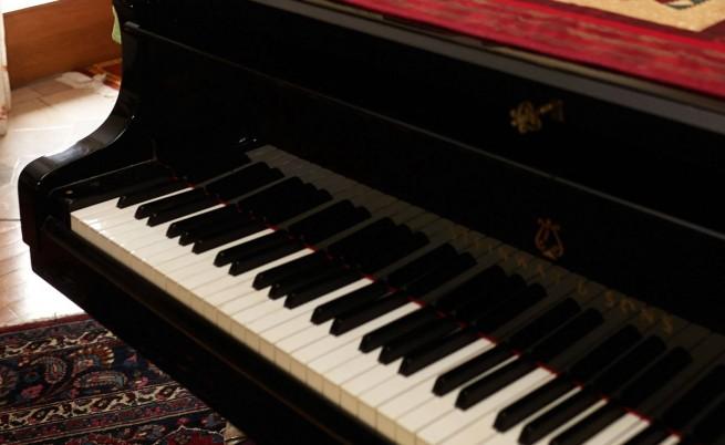 655-402-piano
