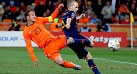 España-vs-Holanda-por-el-Mundial-de-Brasil-20145