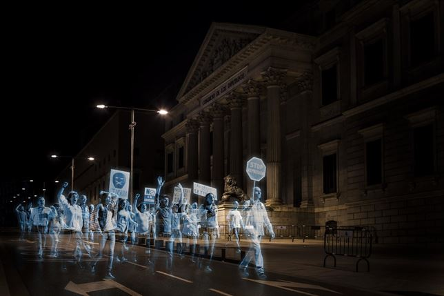 hologram-protest-spain-2