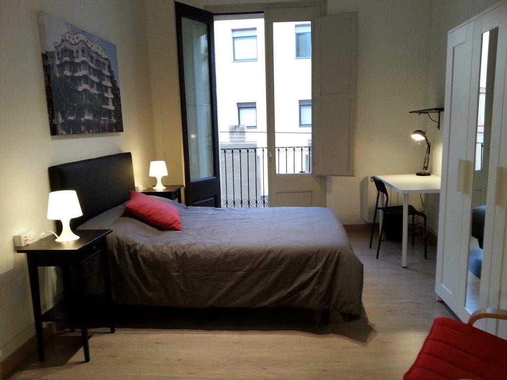 habitacion_en_piso_de_lujo_barcelona_centro_2420133430182018350