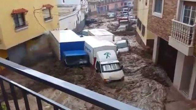 150909083658_spain_floods_640x360_franciscofernandez_nocredit