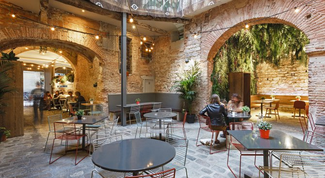 la-bona-sort-naij-neobiknoveniqt-restorant-v-barselona-388070
